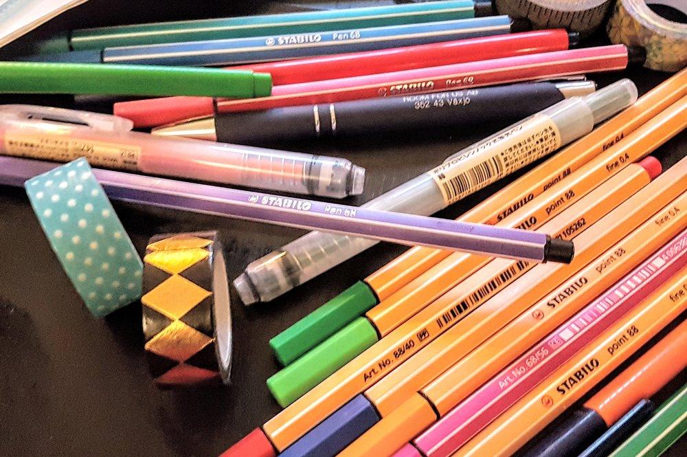 pennor-och-tejp.jpg