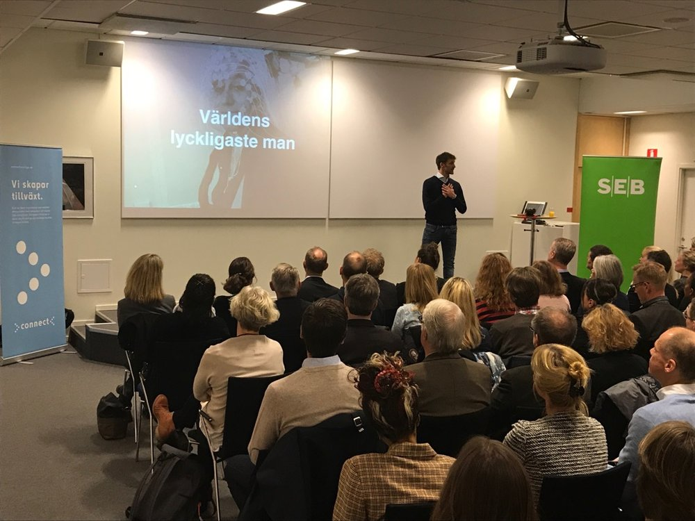 Pål Dobrin - Meditationslärare med rötter inom Internationell Kris- och Konflikthantering. Pål är bl.a lärare i Cultivating Emotional Balance, lärarutbildare för Mindfulness i skolan och huvudansvarig för Den medvetna undervisningen i Sverige. Pål är en uppskattad föreläsare kring