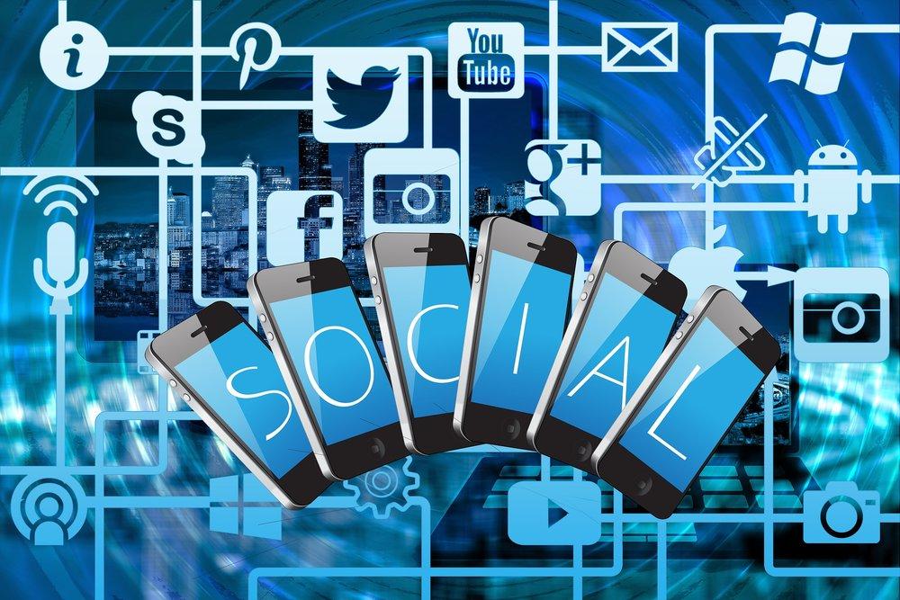 How I Make Money - Social Media.jpg