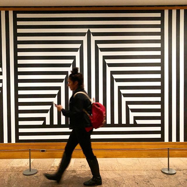 @metmuseum, you had me at black and white stripes. ▪️▫️▪️▫️