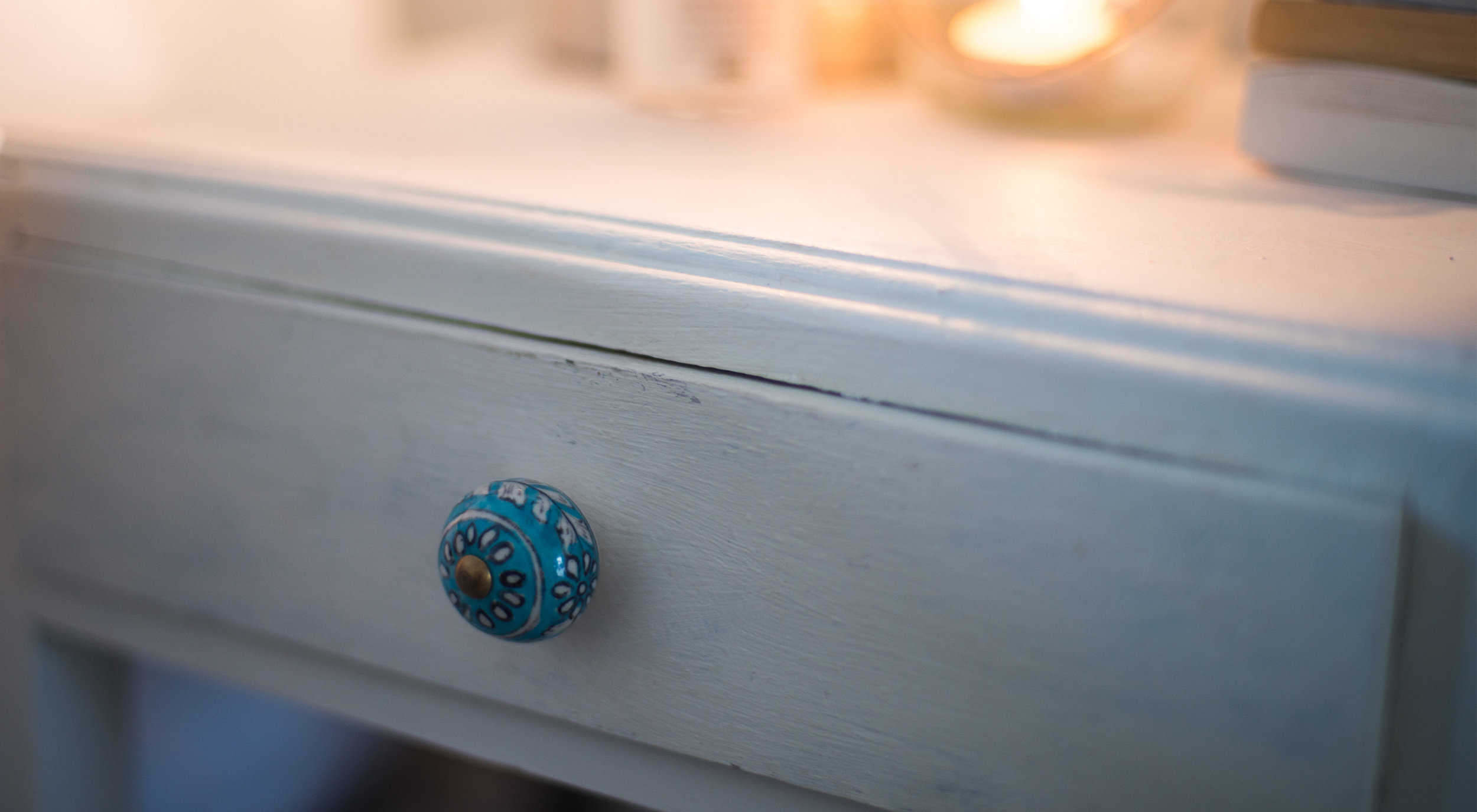 Upcycling a Bedside Table