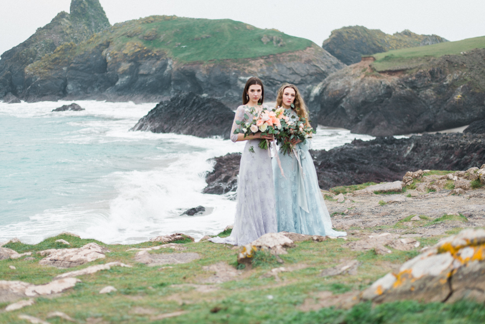 The Best Photoshoot Locations in Cornwall // Kynance Cove // www.oliviabossert.com