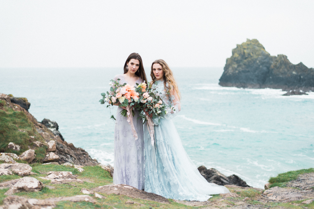 The Opal And The Sapphire Of That Wandering Western Sea // Editorial for Wedding Sparrow