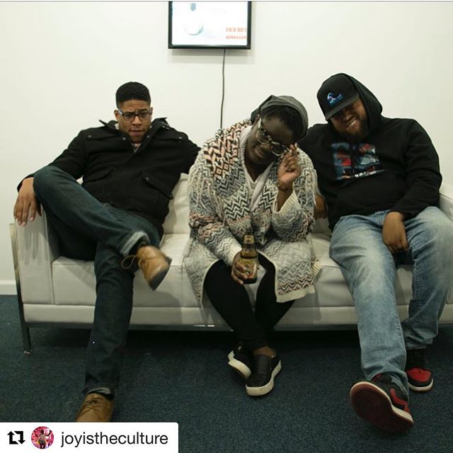 #Repost @joyistheculture with @get_repost ・・・ A few weeks ago I recorded wit @everybodylovesjg and friends. I'm grateful to be creating and building with this guy. Come see the live show aka The Detroit Podcast Festival. Tickets are $10.  Sponsored by @audiowavenetwork #linkinbio #podcastfestival #blackpodcasts #blacktivid #detroit