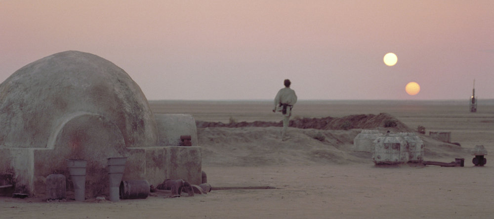star-wars-episode-iv-luke-on-tatooine.jpg