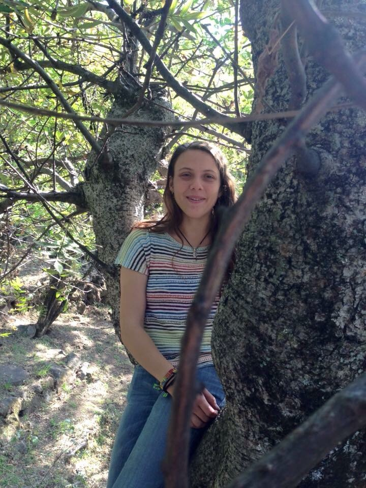 Rogers McVaugh Graduate Student Research Grant     María José Monteverde-Suárez   Universidad Nacional Autónoma de México  M.S. project: Systematics of a ring-species from a genomics perspective