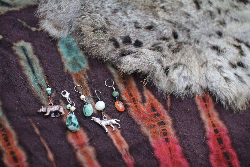 Stone and Wildlife Stitch Markers