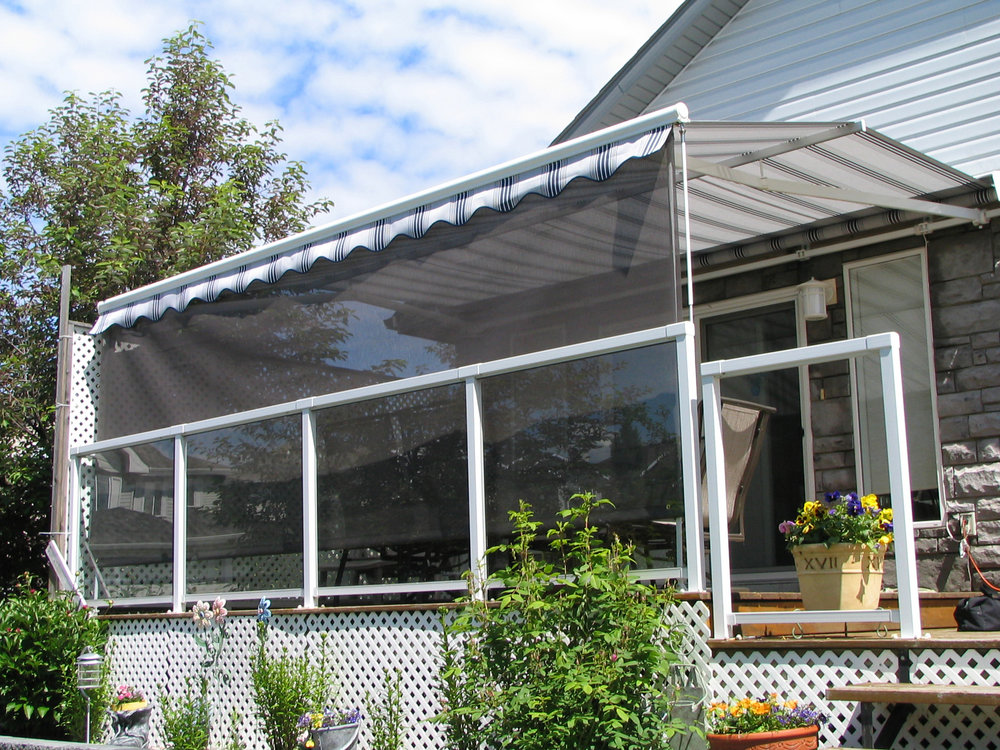Patio awning with screen 6