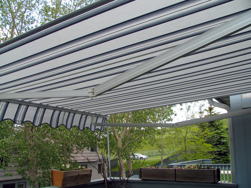 Patio awning 1 crossover