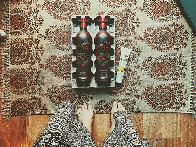I got my Ningxia Red + toothpaste both for FREE this month thanks to essential rewards points! 👊🏼👊🏼👊🏼 #lovemyessentialrewards