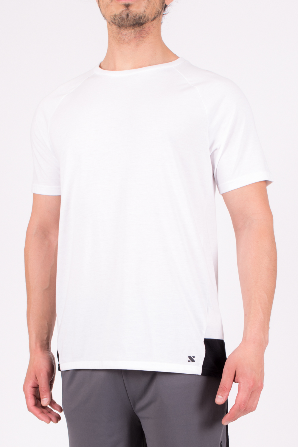 Fit-4XAK470_Front_White.jpg