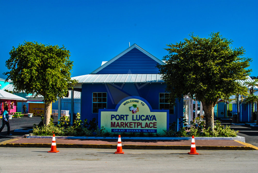 Welcome Sign at the Port Lucaya Marketplace