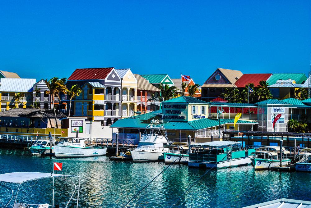 UNEXSO & Pelican Bay Resort on the Port Lucaya Marina
