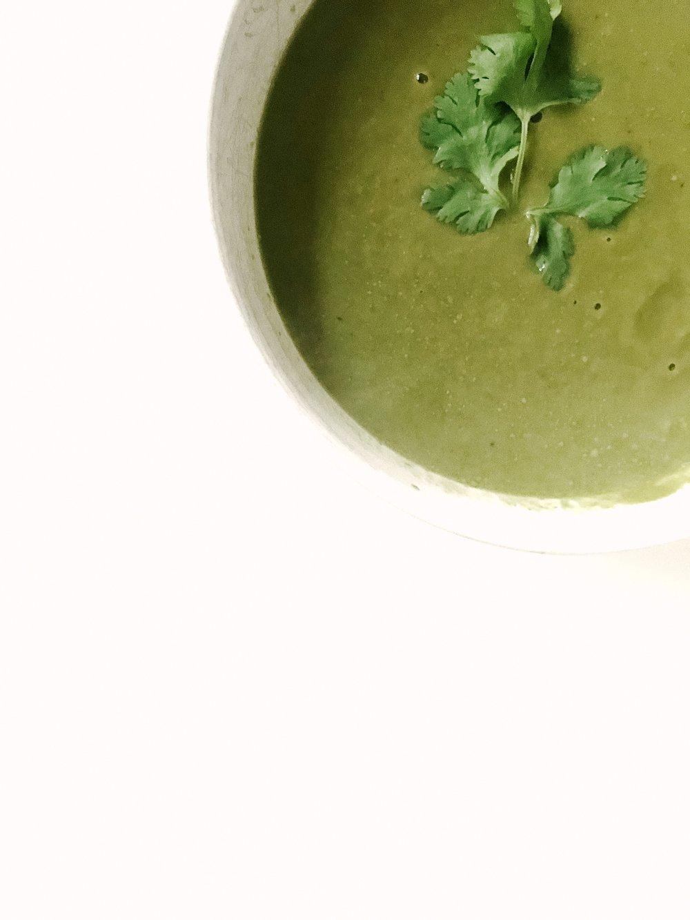 Gut Healing Green Soup (AIP, GAPS, Paleo, Gluten-Free, Dairy-Free)