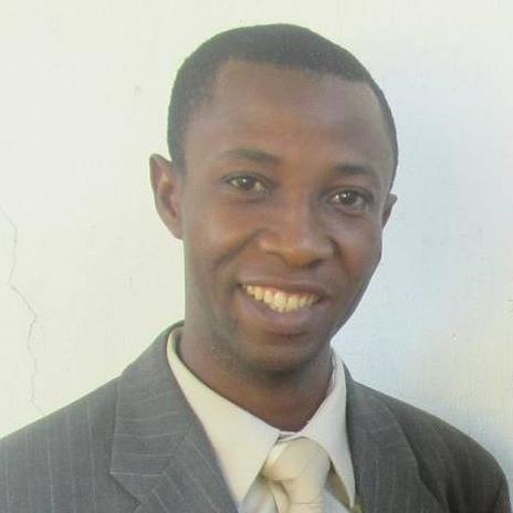 Pastor Emmaniau.jpg