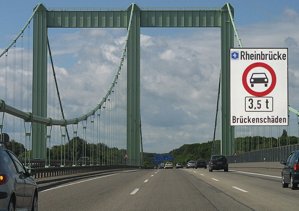 Weight restrictions have been imposed on important bridges in Germany