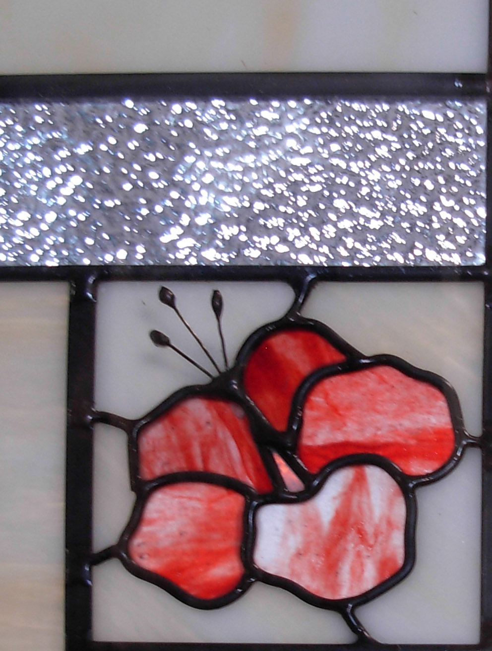 Holdman_Studios_Stained_Art_Glass_LDS_Mormon_Temple_Laie_Hawaii_Hibiscus_Flower_Closeup.jpg