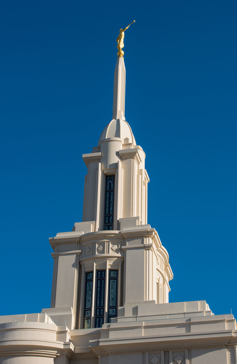 Holdman_Studios_Stained_Art_Glass_Payson_Utah_Temple_Apple_Blossoms_Leaves_DNA_Spiral_Exterior_Spire_Tower_Windows_Closeup.jpg