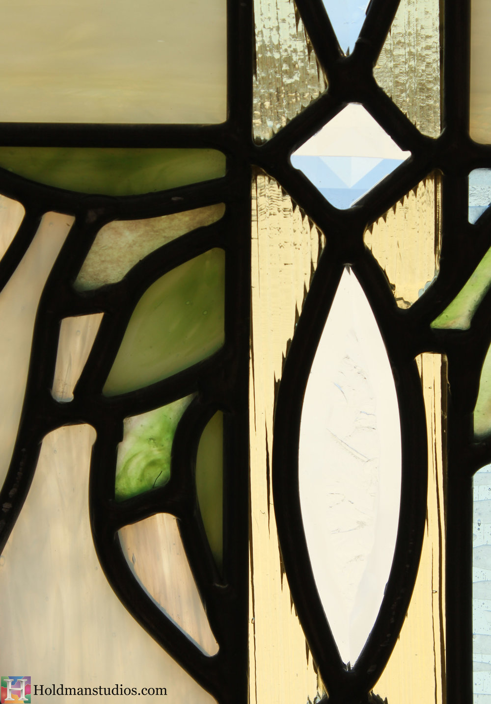 Holdman_Studios_Stained_Art_Glass_Payson_Utah_Temple_Apple_Leaves_Window_Closeup.jpg