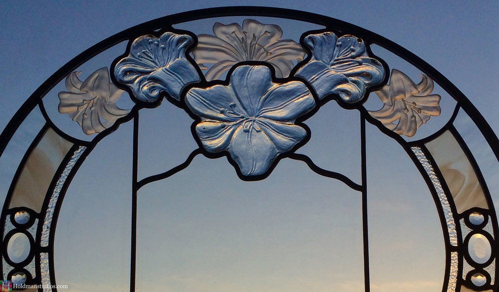 Holdman-Studios-Stained-Etched-Cast-Glass-Paris-LDS-Temple-Martagon-Lily-Flowers-Leaves-Round-Window-Crop.jpg