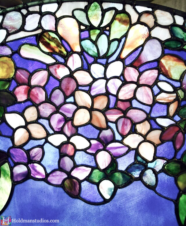 Holdman-Studios-Stained-Glass-Paris-LDS-Temple-Lilac-Flowers-Leaves-Round-Window-Closeup.jpg