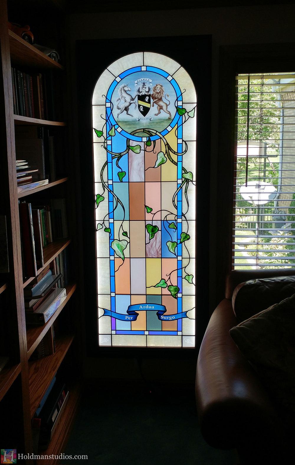 Holdman-studios-stained-glass-window-per-ardus-surgo-vine-leaves-plants-lion-unicorn-coat-of-arms.jpg