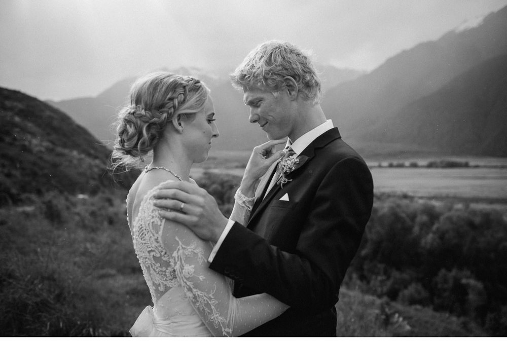 Arthurs-Pass-Pre-Wedding-Session-011.jpg