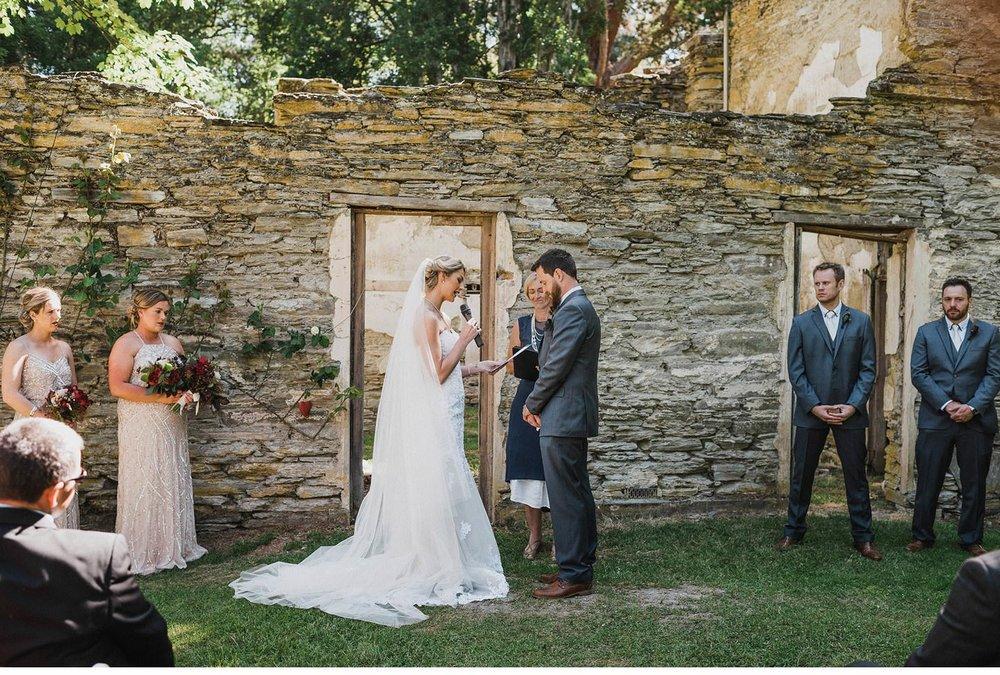 021 - Queenstown-wedding-photographer.jpg