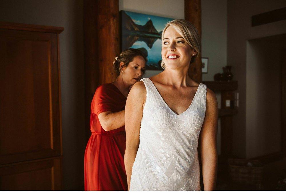 Fiordland-Lodge-wedding-photographer-007.jpg