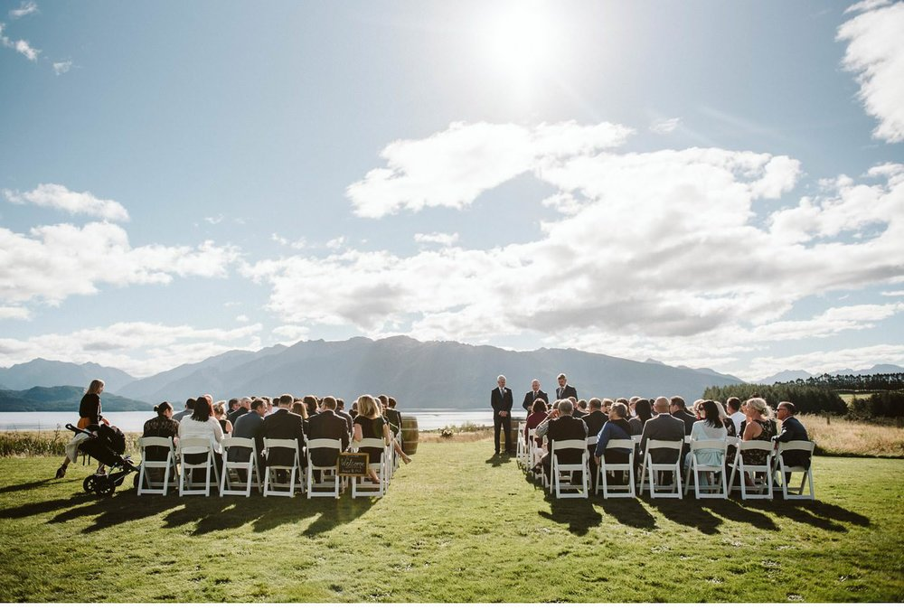 Fiordland-Lodge-wedding-photographer-008.jpg