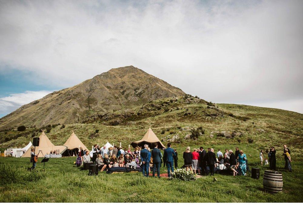 wanaka-tipi-wedding-photographer-016.jpg