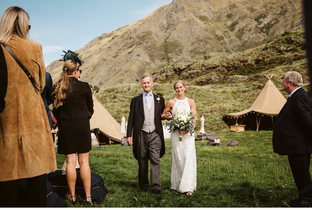 wanaka-tipi-wedding-photographer-019.jpg