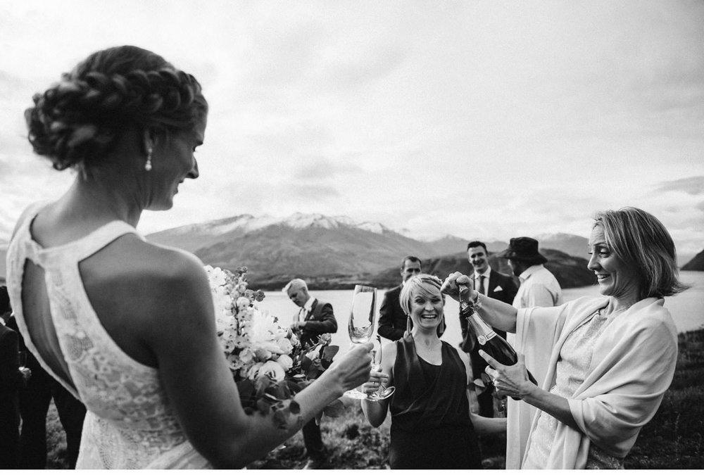 wanaka-tipi-wedding-photographer-034.jpg