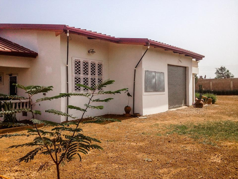 16- House Side 1.jpg