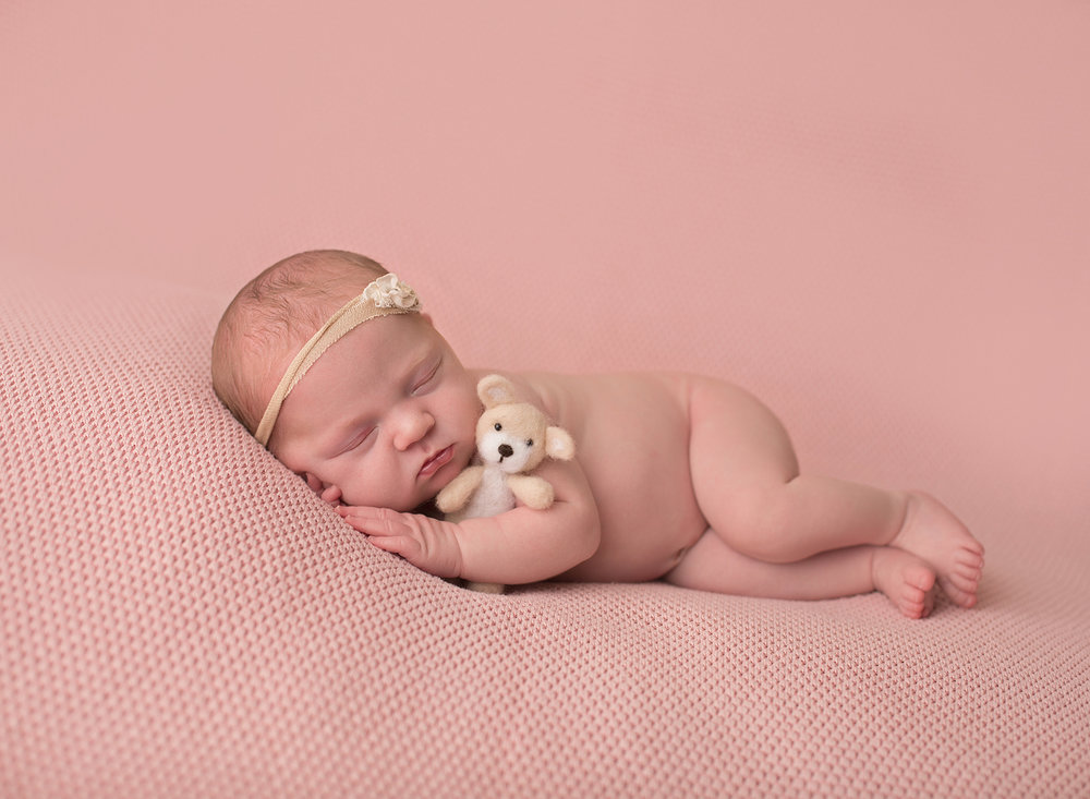 newborn photographer kansas city