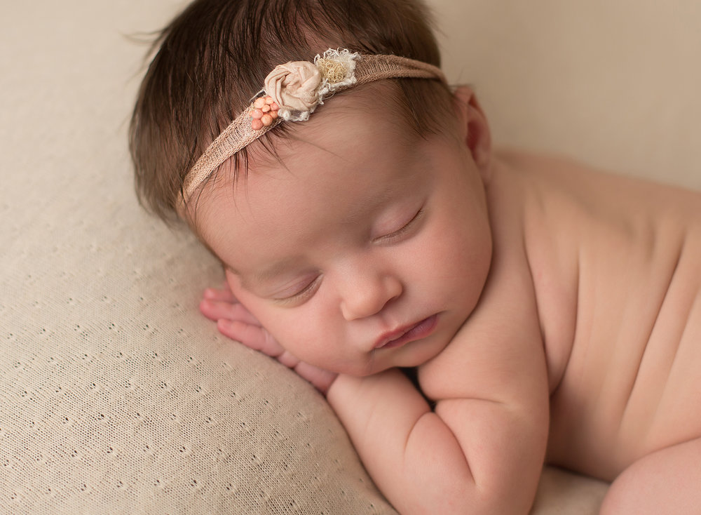 leawood newborn photographer