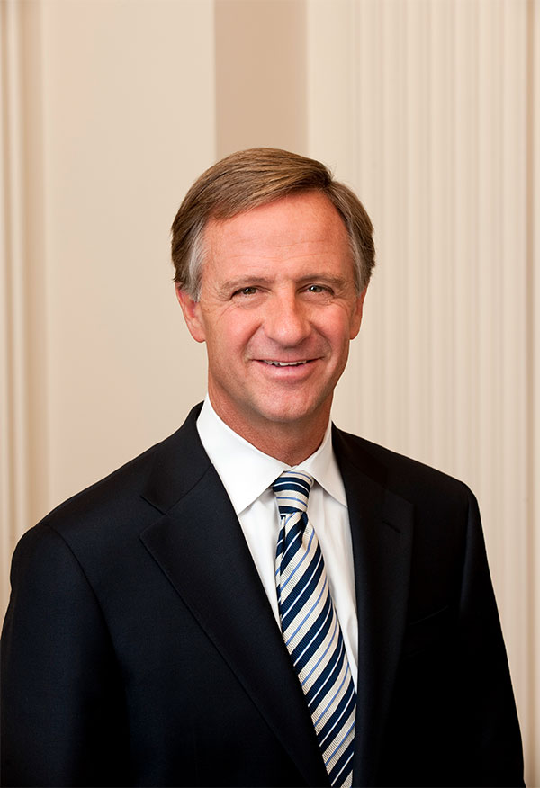 Gov-Haslam-headshot-medium.jpg
