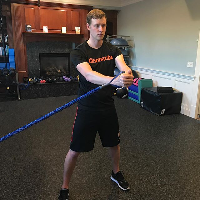 @simon_lizotte working on his anti-rotational core strength to build stability and decrease injury risk, especially for his lower back! #personaltrainer #personaltraining #fitnessmotivation #shrewsbury #fitness #behealthy #gym #exercises #workhardplayhard #workouts #workoutmotivation #getstrong #fitnessinstruction