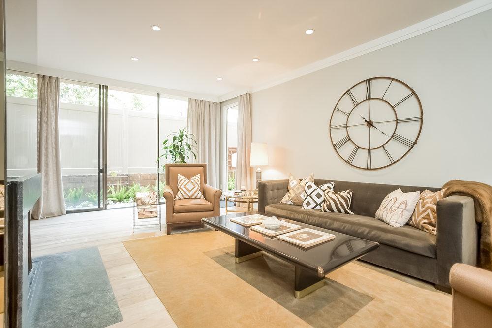 005-Living_Room-2443057-medium.jpg