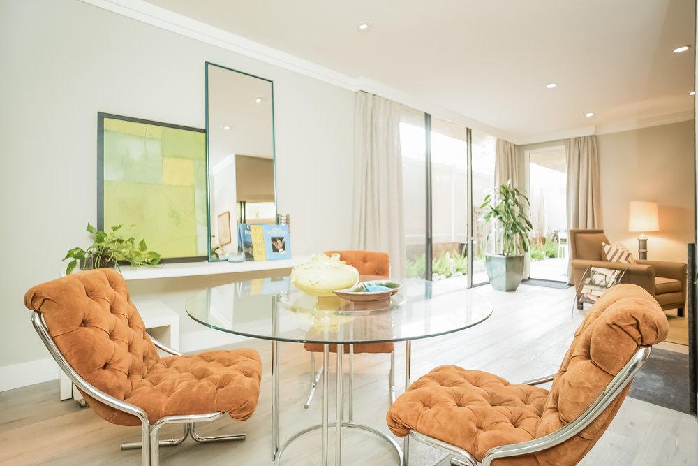 012-Dining_Room-2443067-medium.jpg