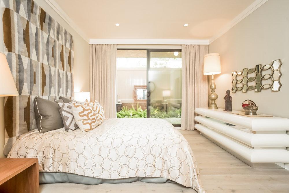 023-Bedroom-2443045-medium.jpg