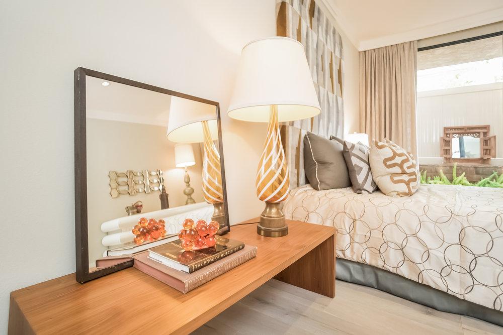 025-Bedroom-2443048-medium.jpg