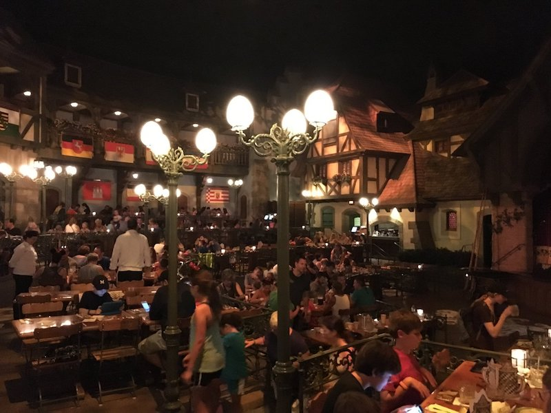 Biergarten is one of our favorite restaurants at Walt Disney World! And when you're pounding back those liters, that 10% off Disney Visa perk can really mean a lot!