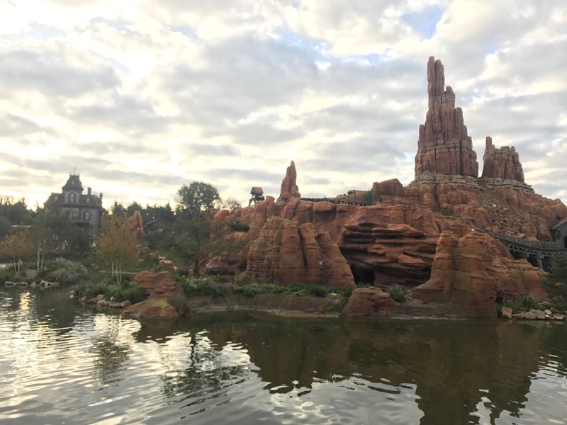 Finally rode Big Thunder Mountain, a true gem of a ride at Disneyland Paris!