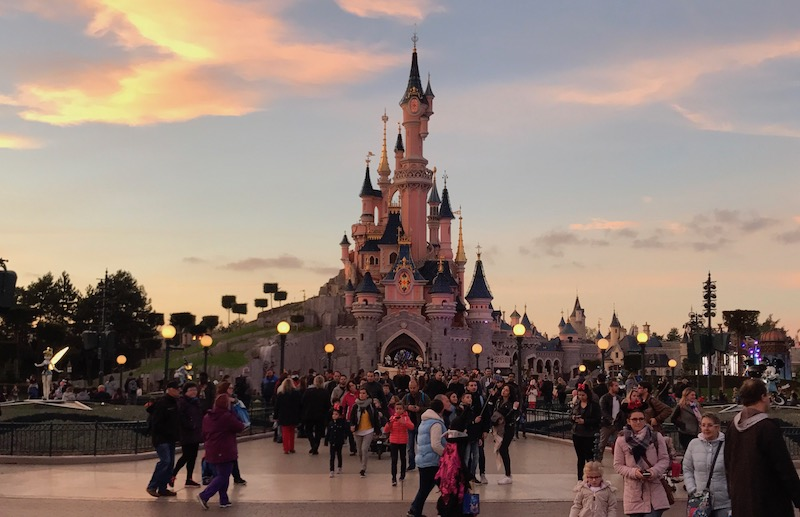 disneyland-paris-castle.jpg