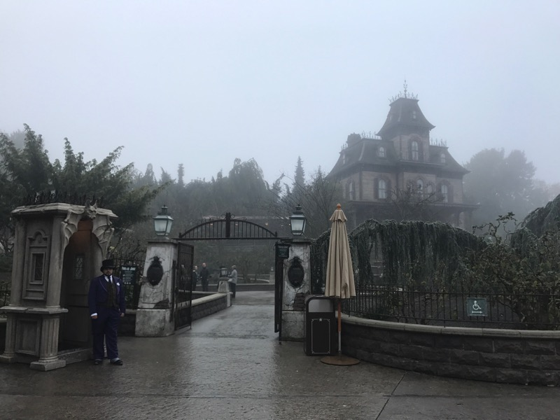 Phantom Manor is creepier than its Magic Kingdom counterpart from the moment you lay eyes on it.