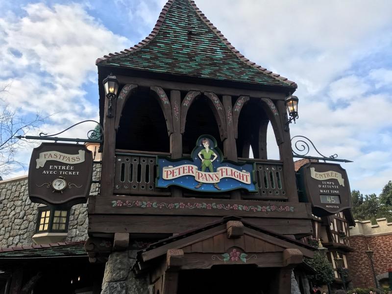 Peter Pan's 45-minute wait is one of the longer waits we encountered in Disneyland Paris.