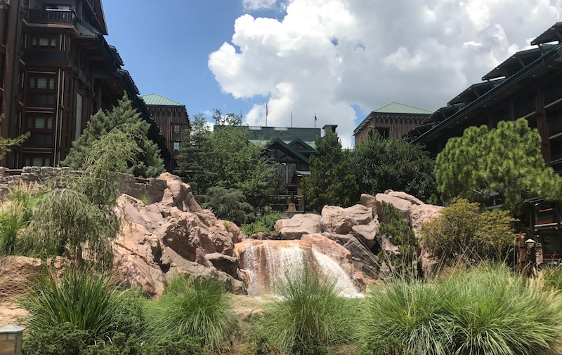 Stay at a Walt Disney World hotel to book your Fastpass+ earlier!