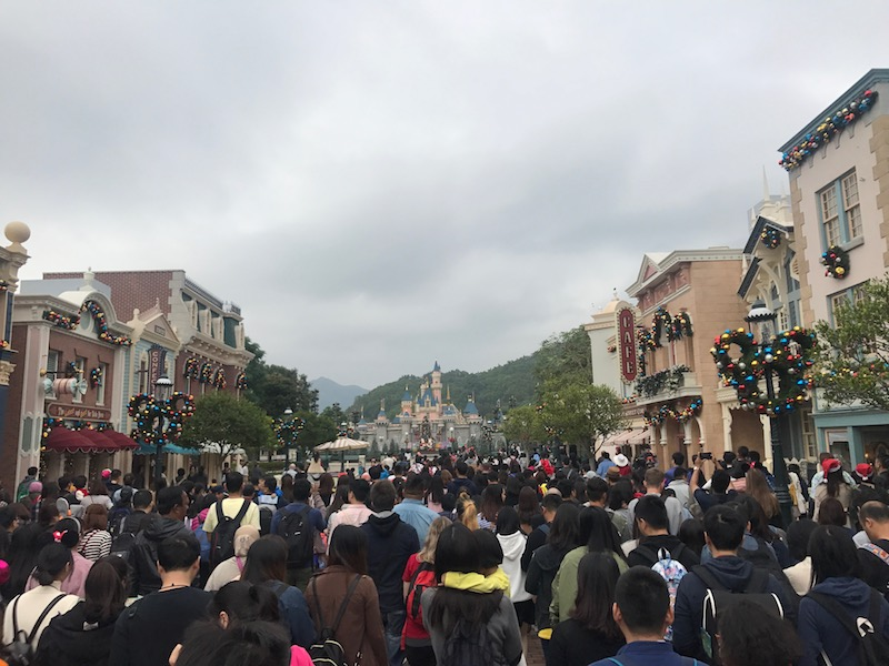 Rope drop at Hong Kong Disneyland can be a bit chaotic, but it's not as bad as other parks!