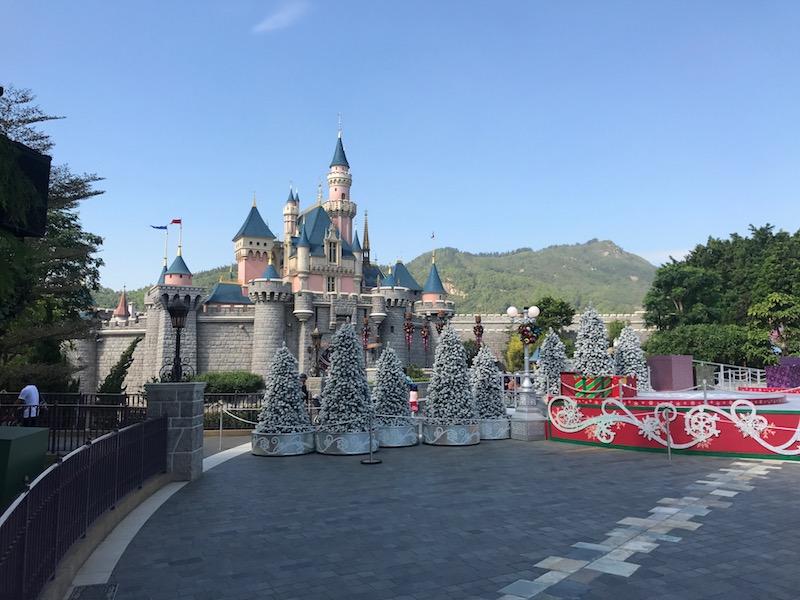 Christmas was a great time to visit Hong Kong Disneyland!
